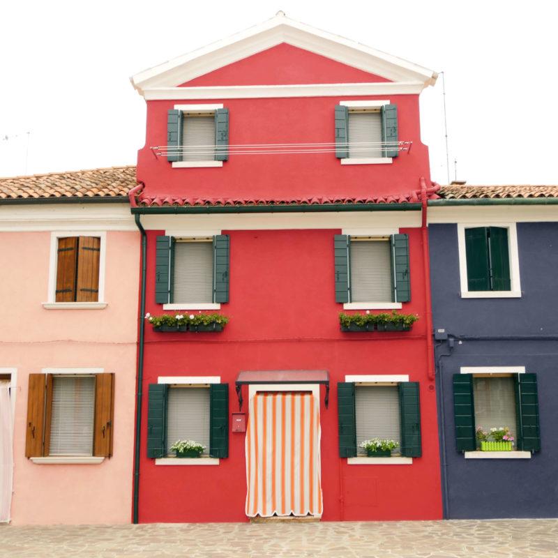 UNI:VIICI | house color instab | A PROPOS